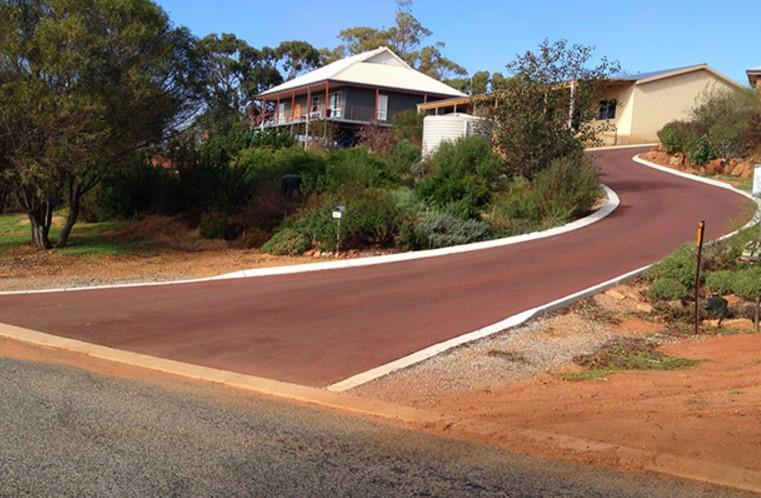 Residential bitumen driveway