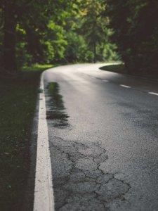 Edge crack in asphalt