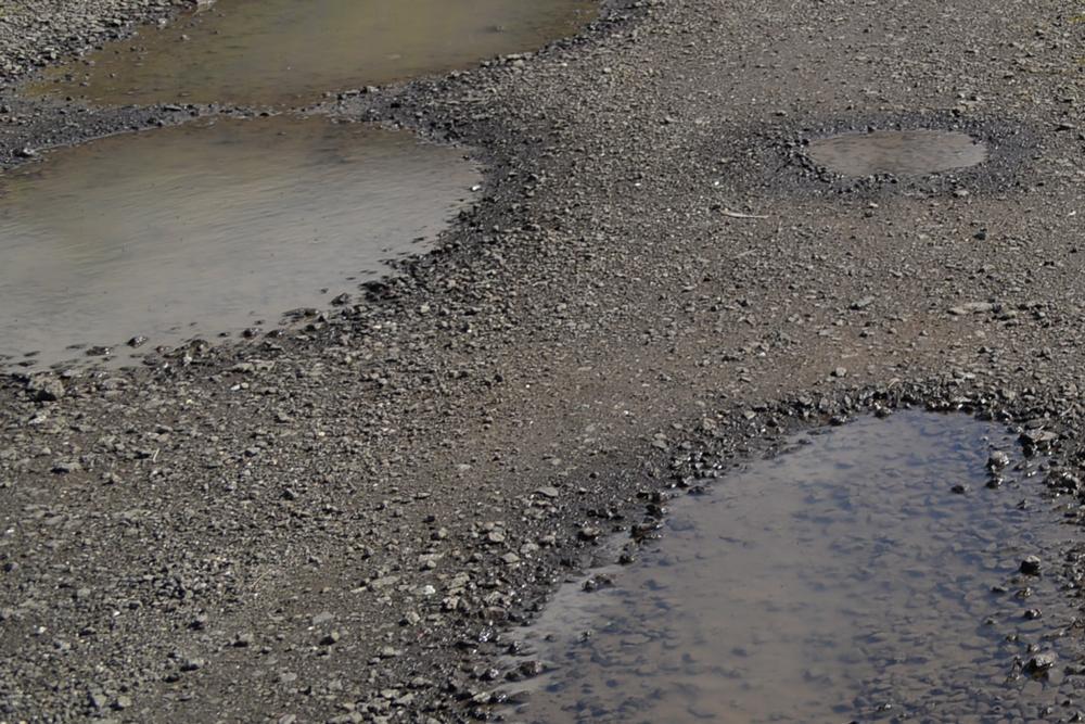 gravel-driveway-pothole-repair
