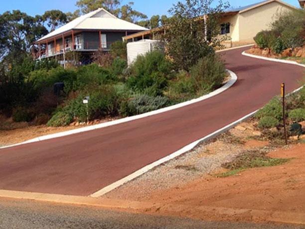 asphalt-driveway-perth-rural-steep